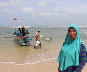 Maryana dan Agensi Perempuan Nelayan Gurita Desa Merpas